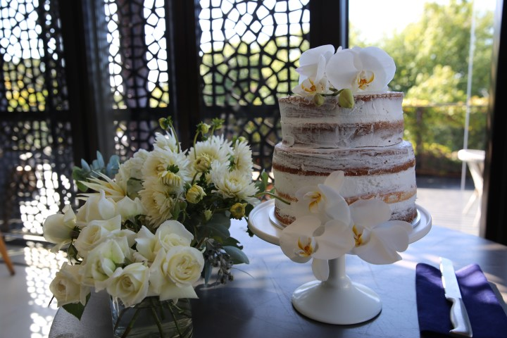 photo booth hire and wedding cake